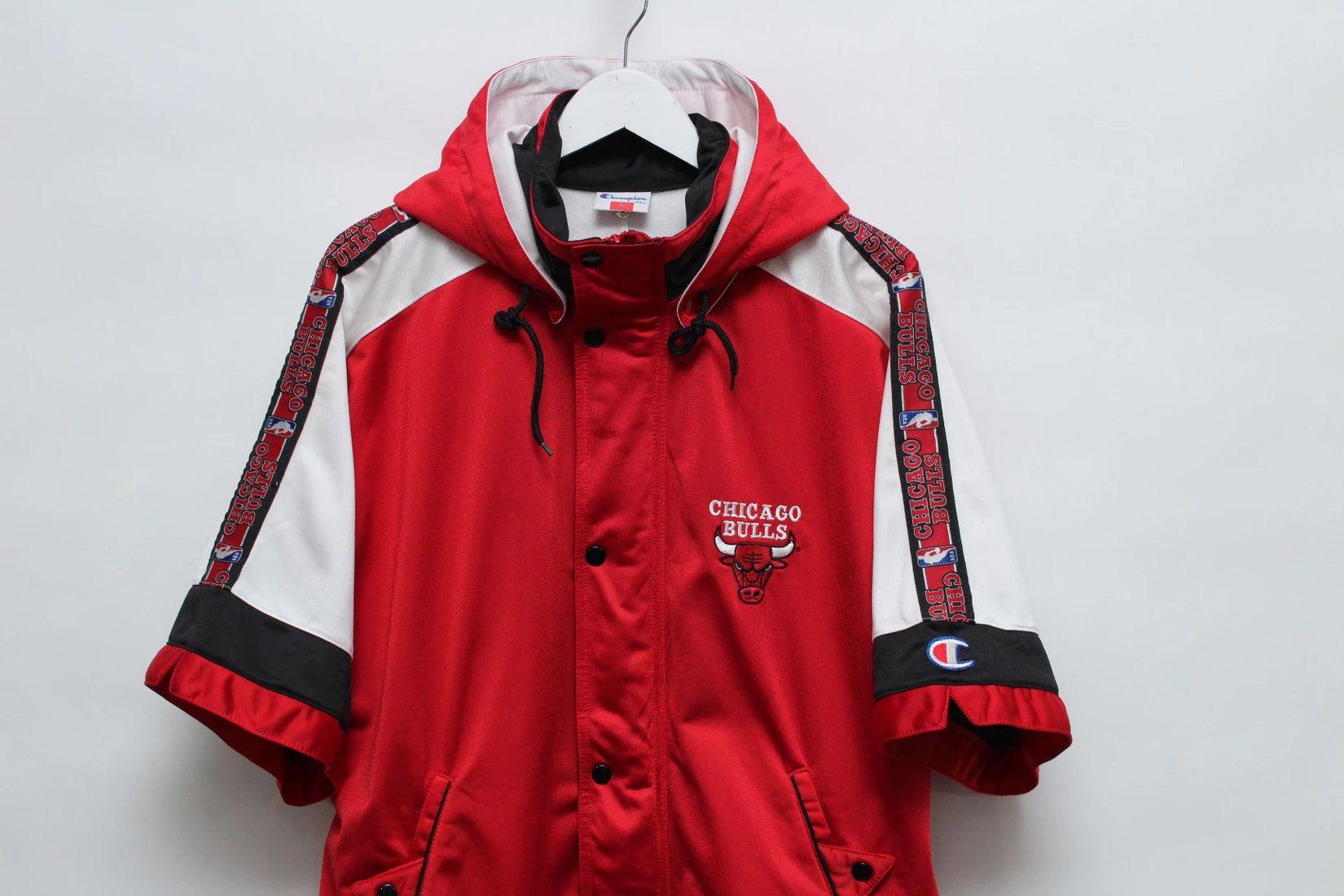 Champion Vintage Nba Chicago Bulls Warm Up Shooting Jacket Etsy In 2020 Nba Chicago Bulls Jackets Chicago Bulls