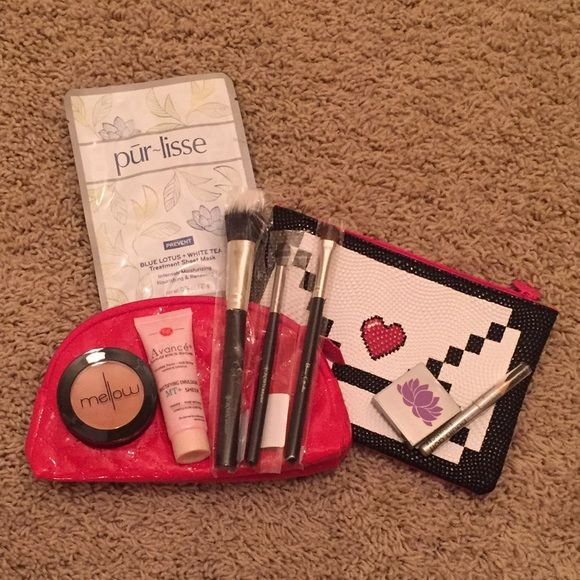 Makeup Bundle Two make up bags, pur~lisse mask, mello bronze face blush, f&r primer pore refiner .5oz, 2 crown brushes, 1 beau gachis brush, vera mona eyeshadow color clover .05oz, eye enhancer. All new never used. Makeup