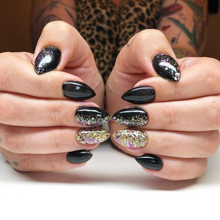Fall Nail Designs 2020 Trends For Autumn And Winter 2020 21 Manicure In 2020 Nail Designs Nails Glitter Nail Art
