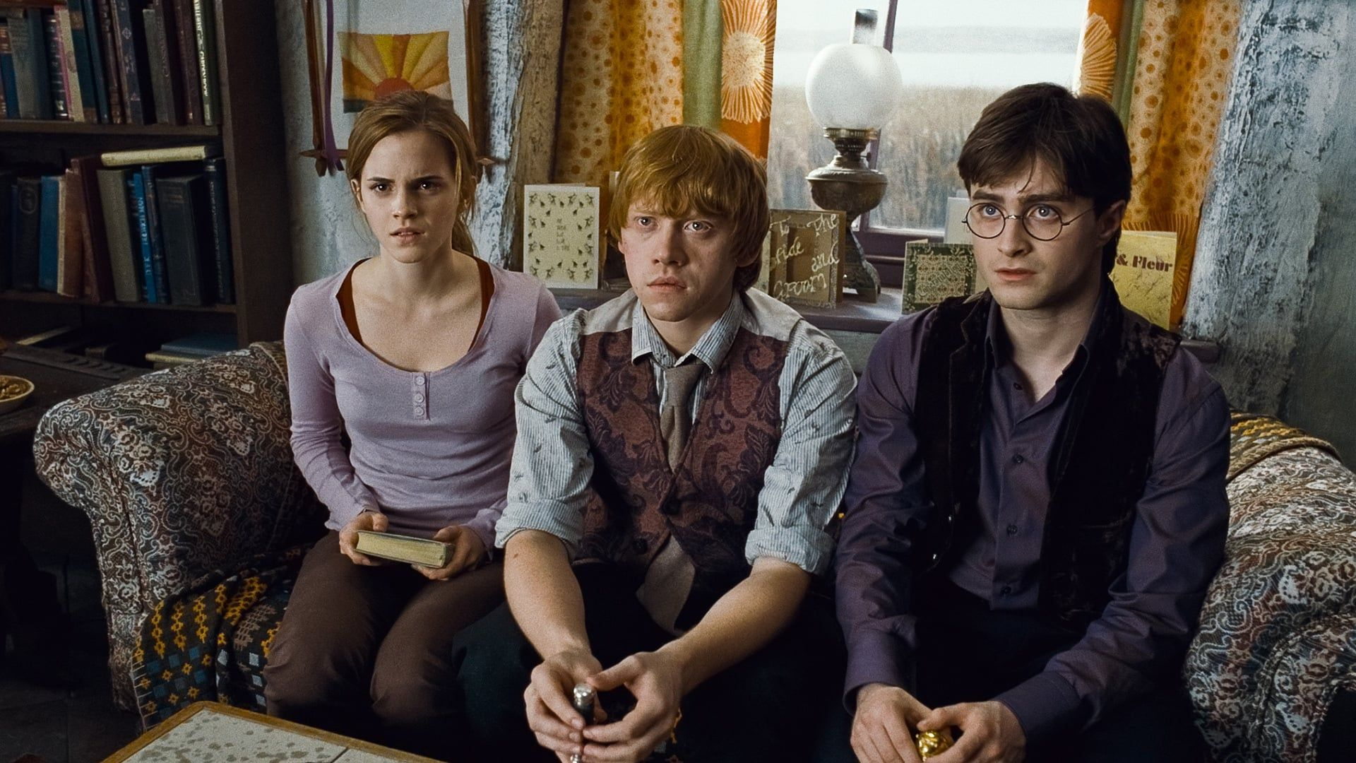 Watch Harry Potter And The Deathly Hallows Part 1 2010 Full Movie Online Free Harry Ron And Harry Potter Quiz Harry Potter Movies Deathly Hallows Part 1