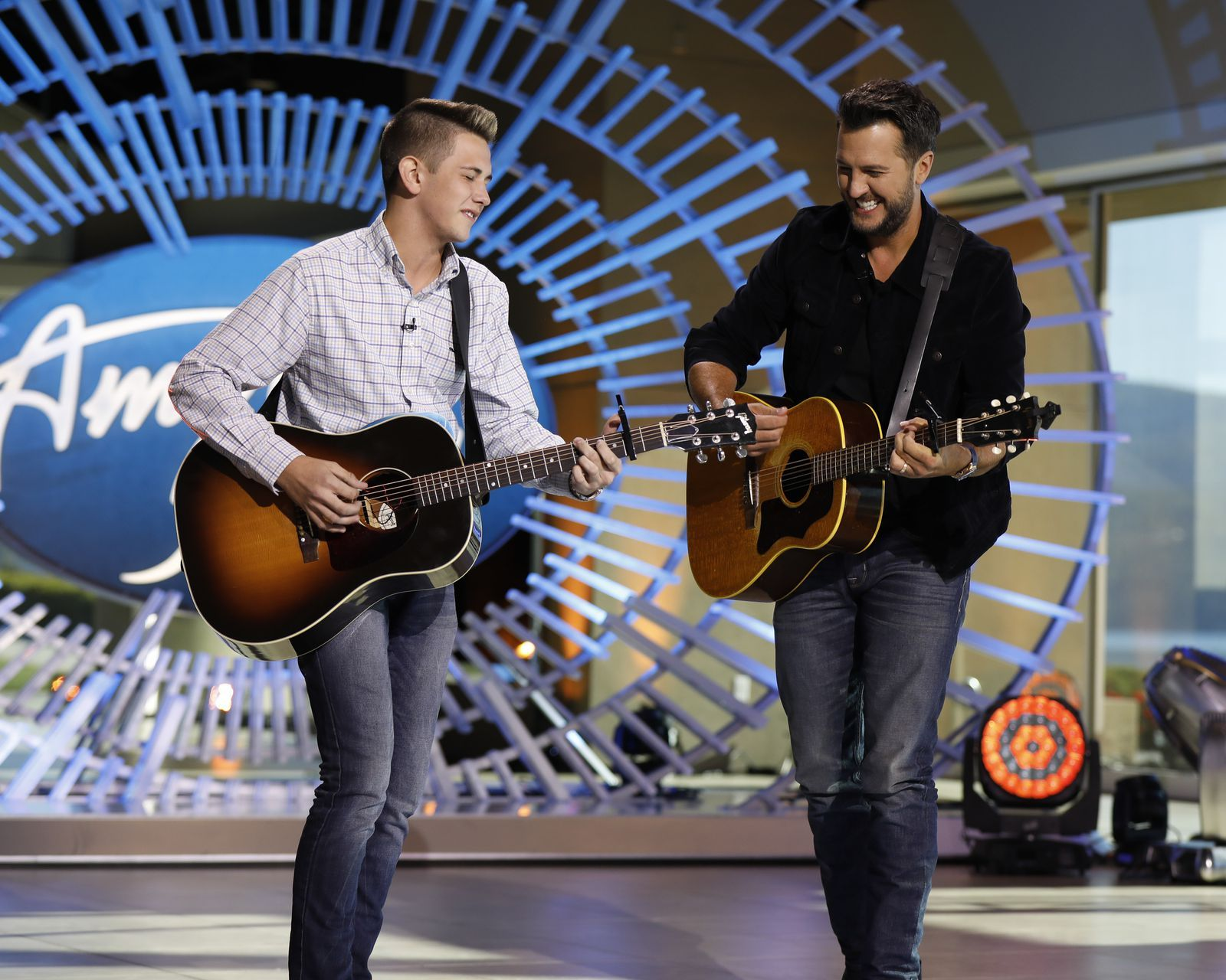 Luke Bryan Sang With A 15 Year Old On American Idol And We Can T