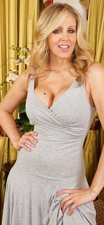 Julia Ann | weast | Pinterest | Ann, Beautiful gorgeous ...
