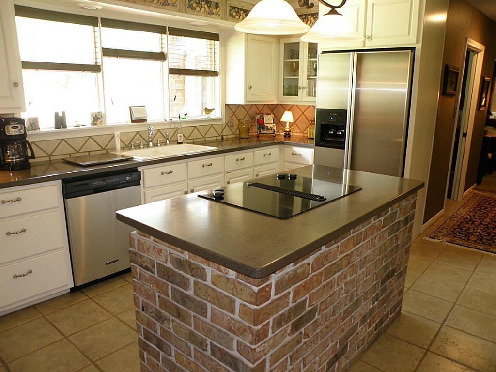 kitchen layout brick island | kitchen ideas | Kitchen, Brick wall ...