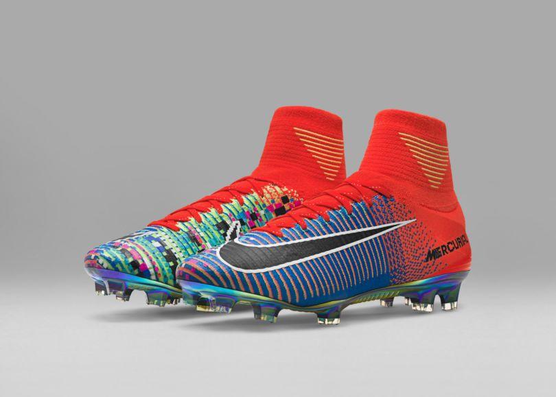 brand new a0f60 1f6e2 Mercurial x EA Sports   voici les nouveaux crampons colorés et graphiques  de Nike