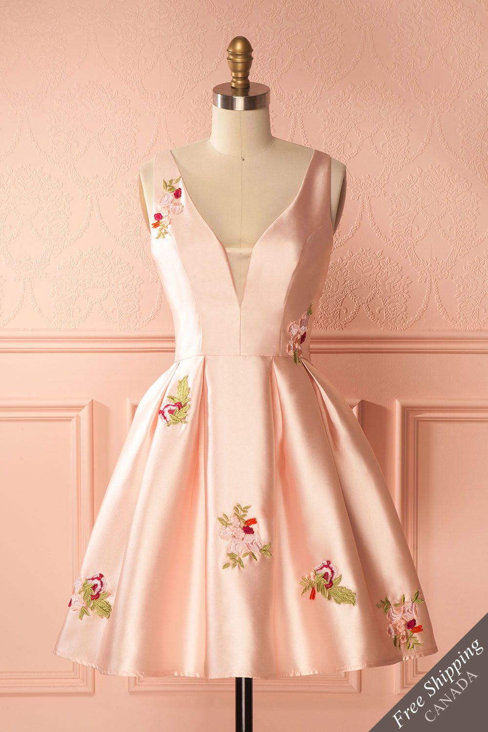 Annwen pink robe clothes and fashion