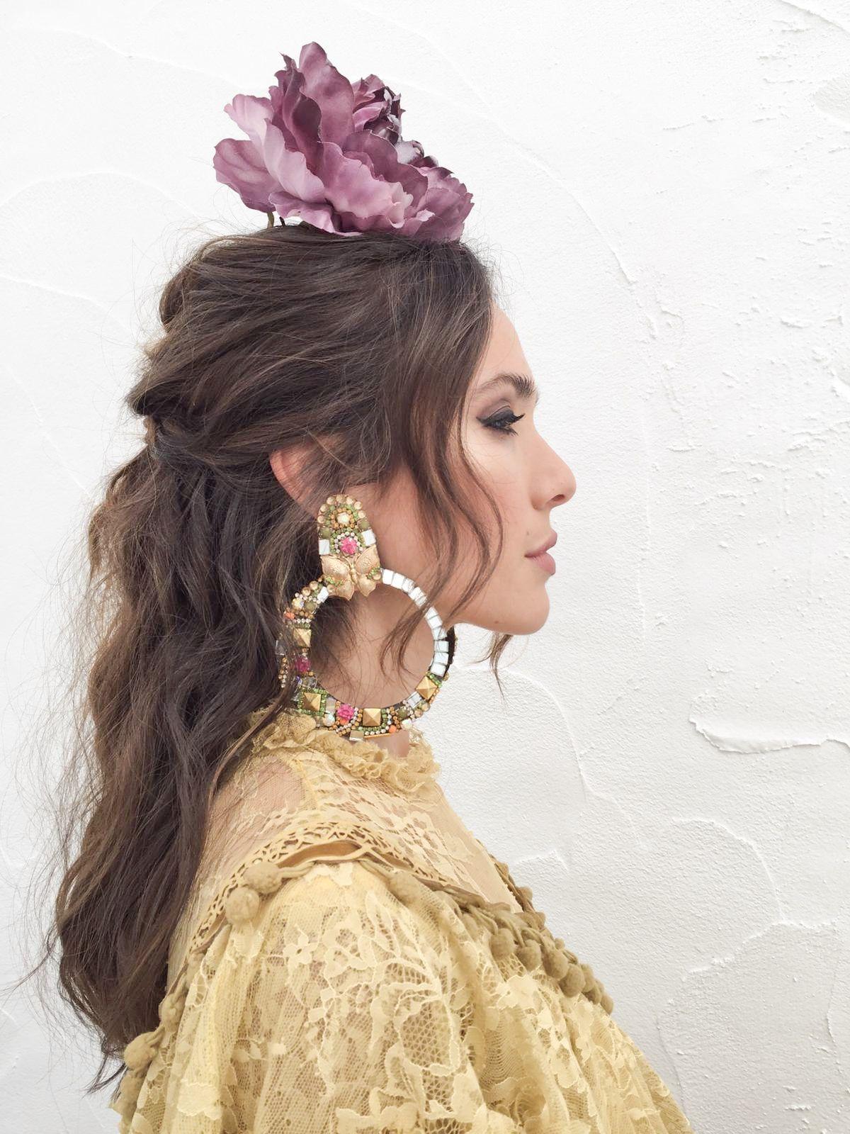 Cómo conseguir un peinados para feria 2021 Colección De Cortes De Pelo Tendencias - Ana Moya con un beauty look de flamenca by Oui Novias ...