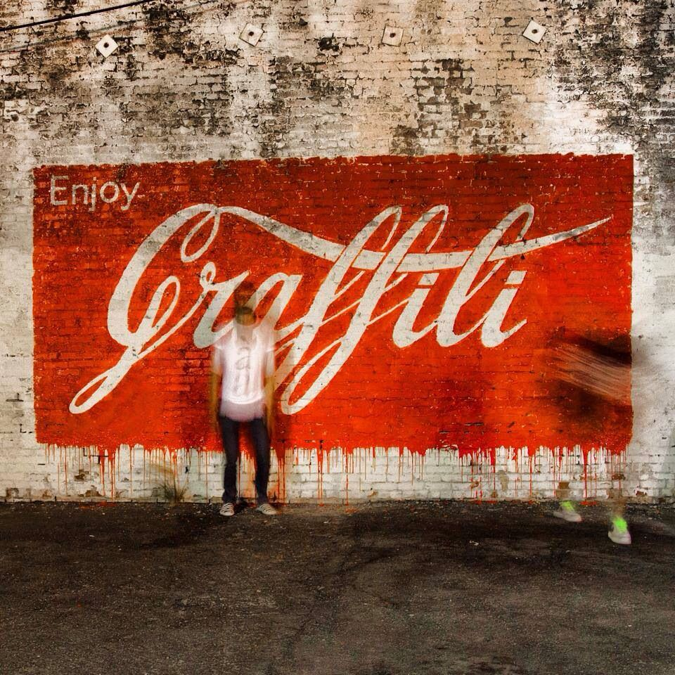 Creative Streetart By Lithuanian Artist Ernest Zacharevic - Clever free bird see graffiti spotted in chicago leads to a creative surprise
