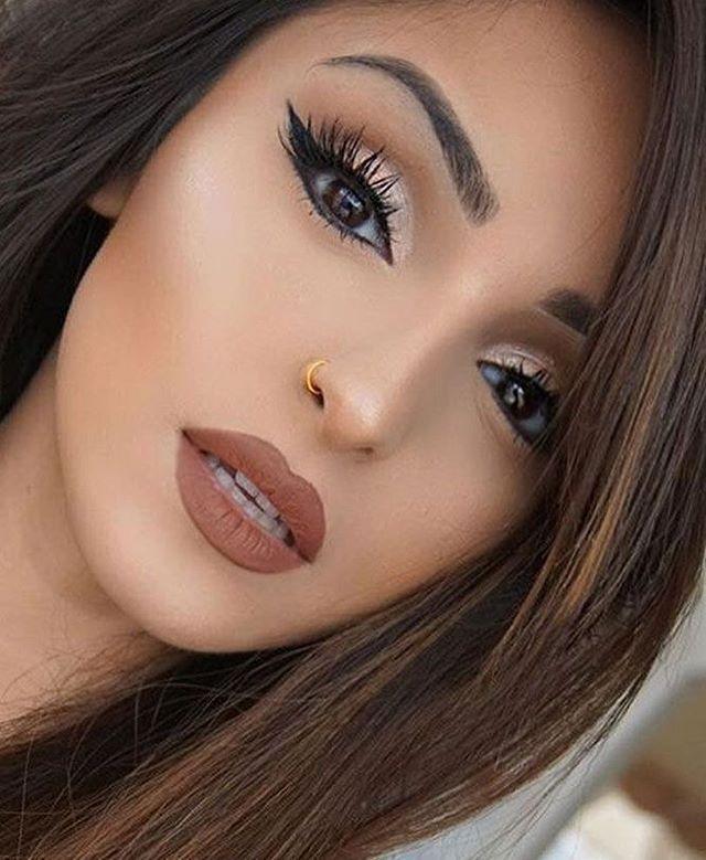 how to put makeup on big brown eyes