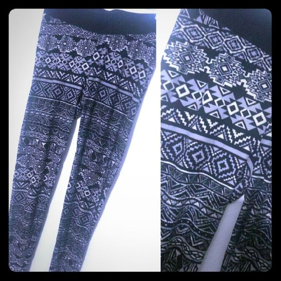 Aztec Soft Leggings Super soft and stretchy. Perfect condition. Pants Leggings