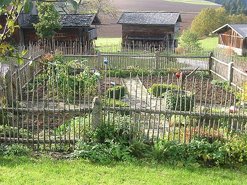 Bauerngarten | StaketenZaun u.ä. | Pinterest | Bauerngarten ...