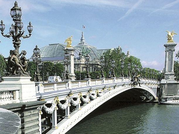 Ponte Alexandre III, Paris