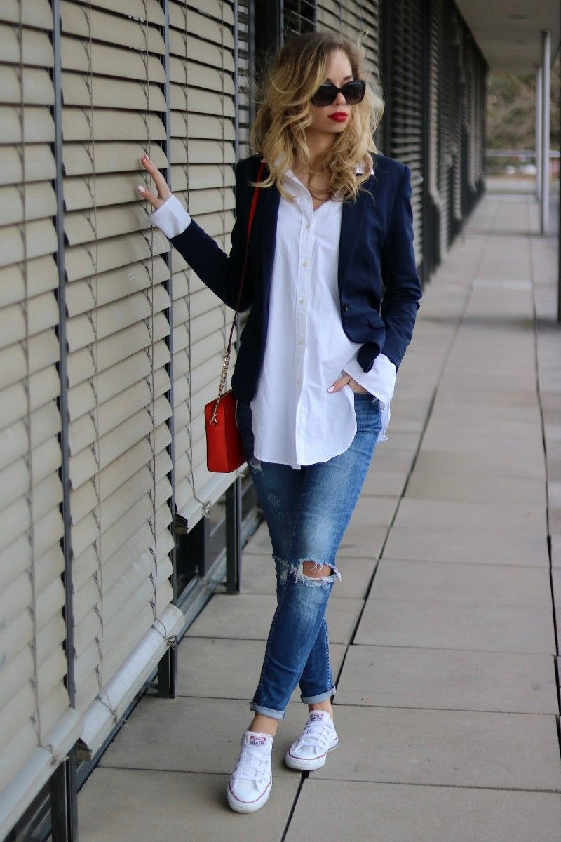 Outfit: How to :: Casual Chic - Oversized Shirt & Red Lips #blue