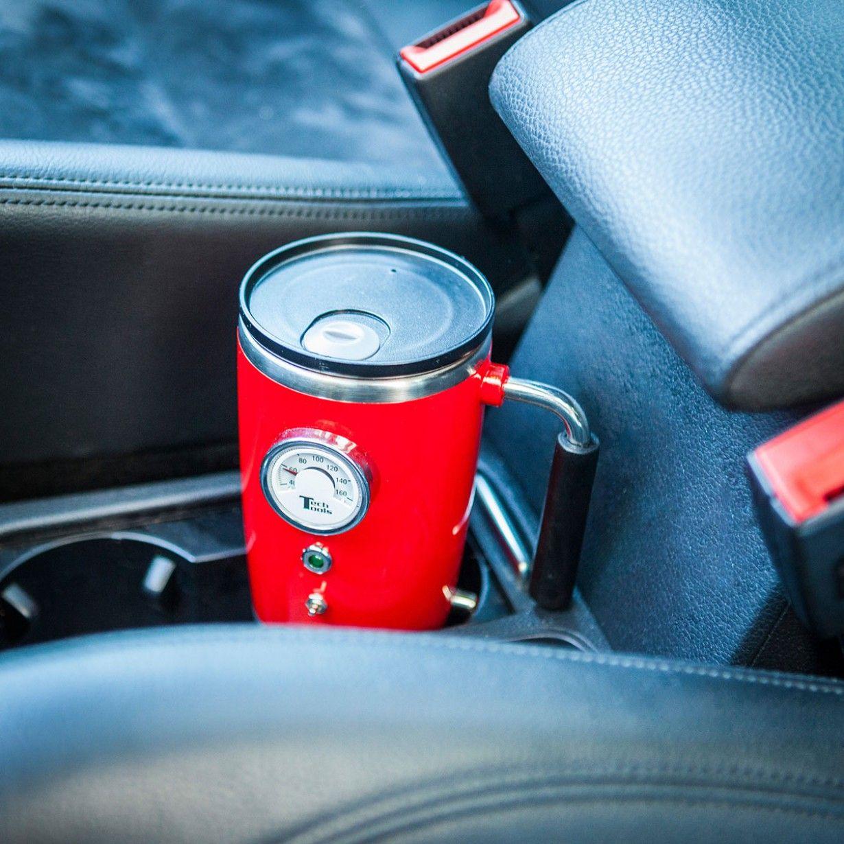Der beheizte Retro Trinkbecher mit Temperaturanzeige ist dank Stromversorgung via Zigarettenanzünder das ideale Zubehör für unterwegs - Italien-Style.