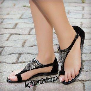 Bayan Ayakkaba Modelleri Sandalet Boncuklu Sandalet Siyah Sandalet