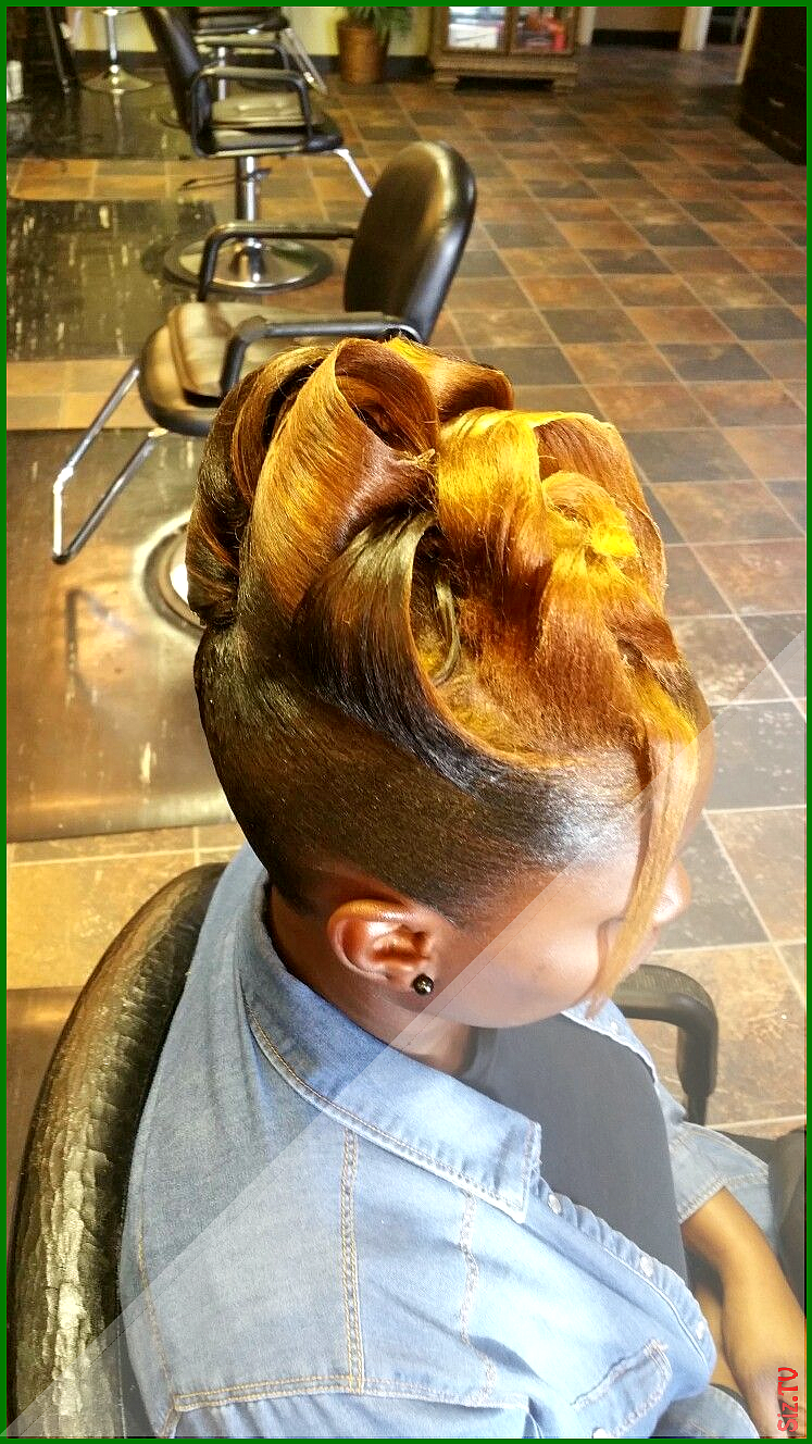 17 Donut Bun Hairstyles African American To Charge Your Look With Radiance 17 Donut Bun Hairstyles In 2020 Black Hair Bun Black Hair Updo Hairstyles African Hairstyles