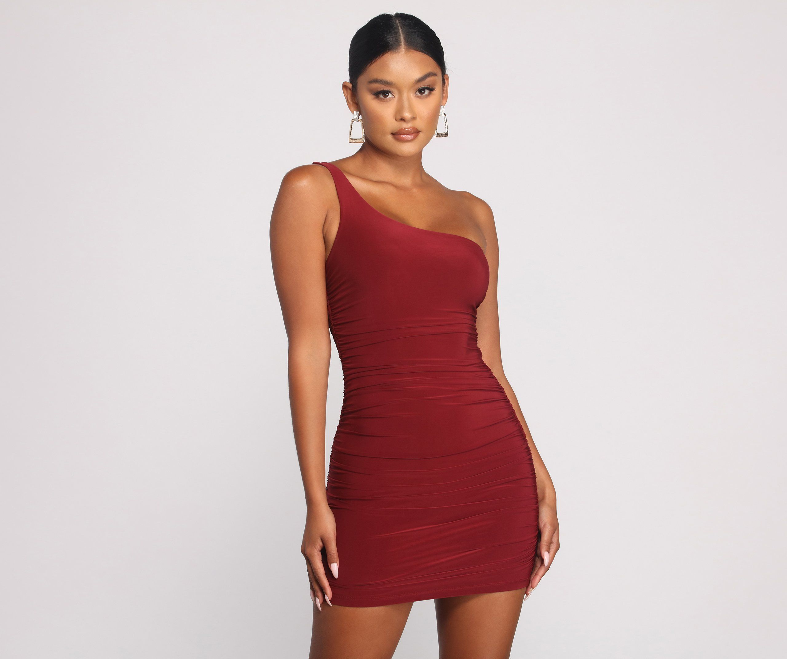 Such A Stunner One Shoulder Ruched Mini Dress In 2020 Mini Dress One Strap Dresses Dresses
