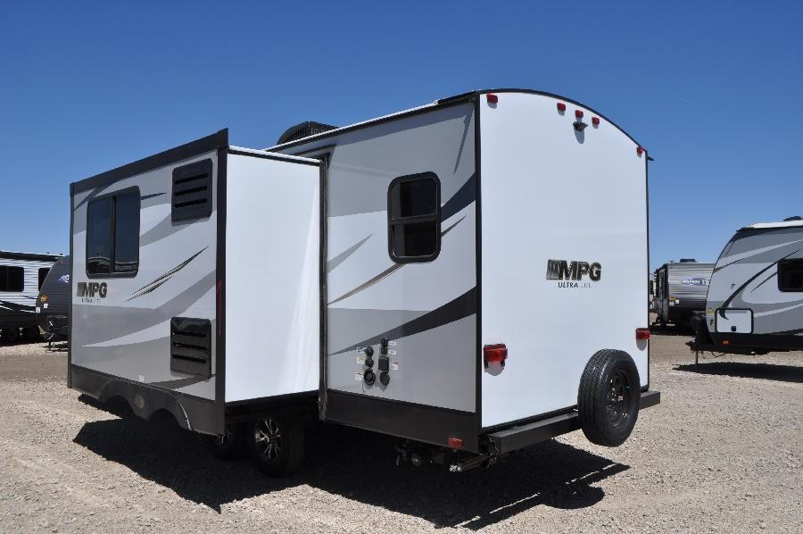 Pictured: 2019 Cruiser RV MPG 2200RB | Used travel ...