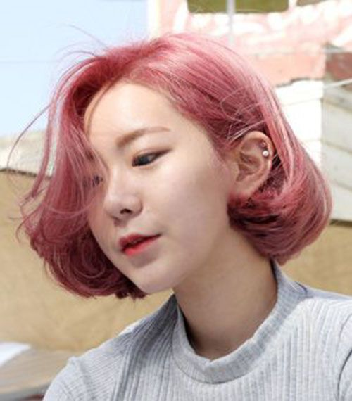 Pink Bob Bangs Bobs In 2019 Hair Styles Hair Short Hair Styles