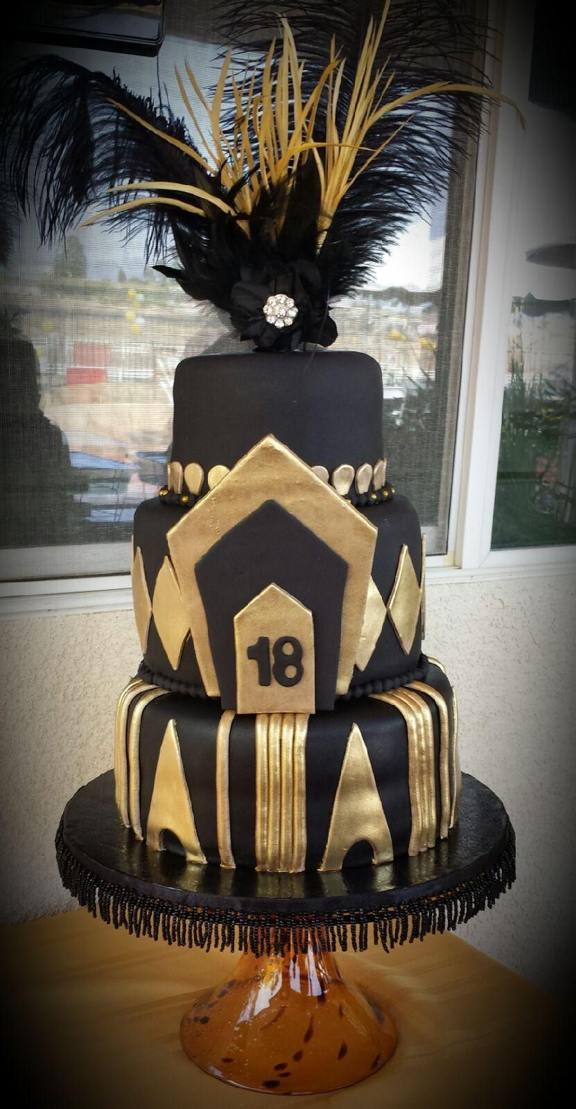 Gorgeous Roaring 20s theme cake by cakery121gmailcom Spectacular