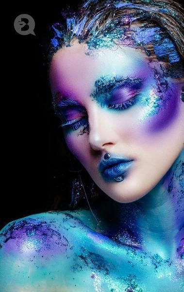 Out of This World Alien Makeup Looks To Elevate Your Halloween Makeup Game