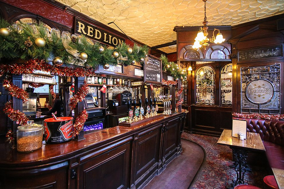 Bars Near Piccadilly Circus >> The Red Lion Is A Victorian Pub Located A Short Walk From