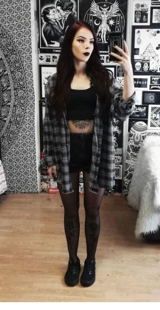 Edgy Grunge Looks To Try #grungegoth