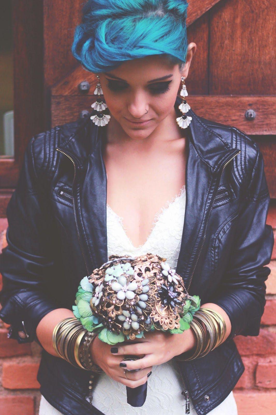 Confira no Bem Me Quer Casar a história de amor de Bia e KK. Um casamento original e único ao fiel estilo Hipster Vintage Rock! www.bemmequercasar.com.br
