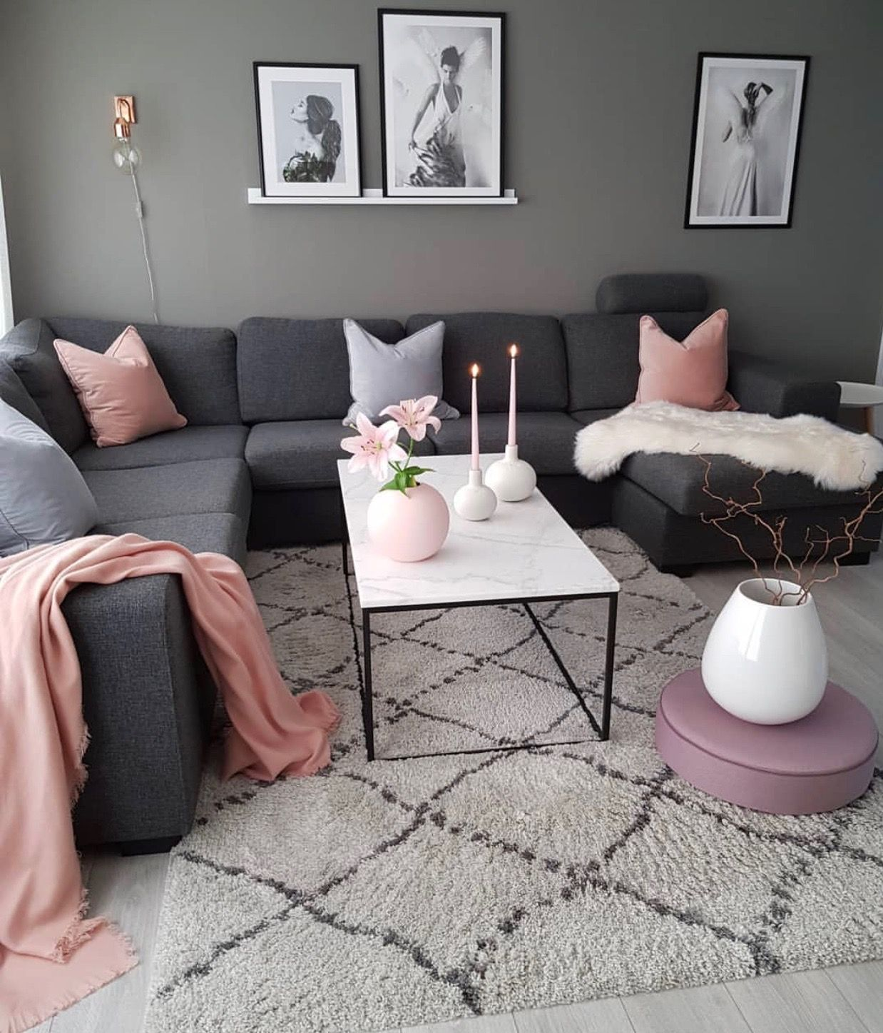 Pin By Sibel Ayas On Home Work Small Living Room Decor Living Room Decor Apartment Living Room Decor Inspiration