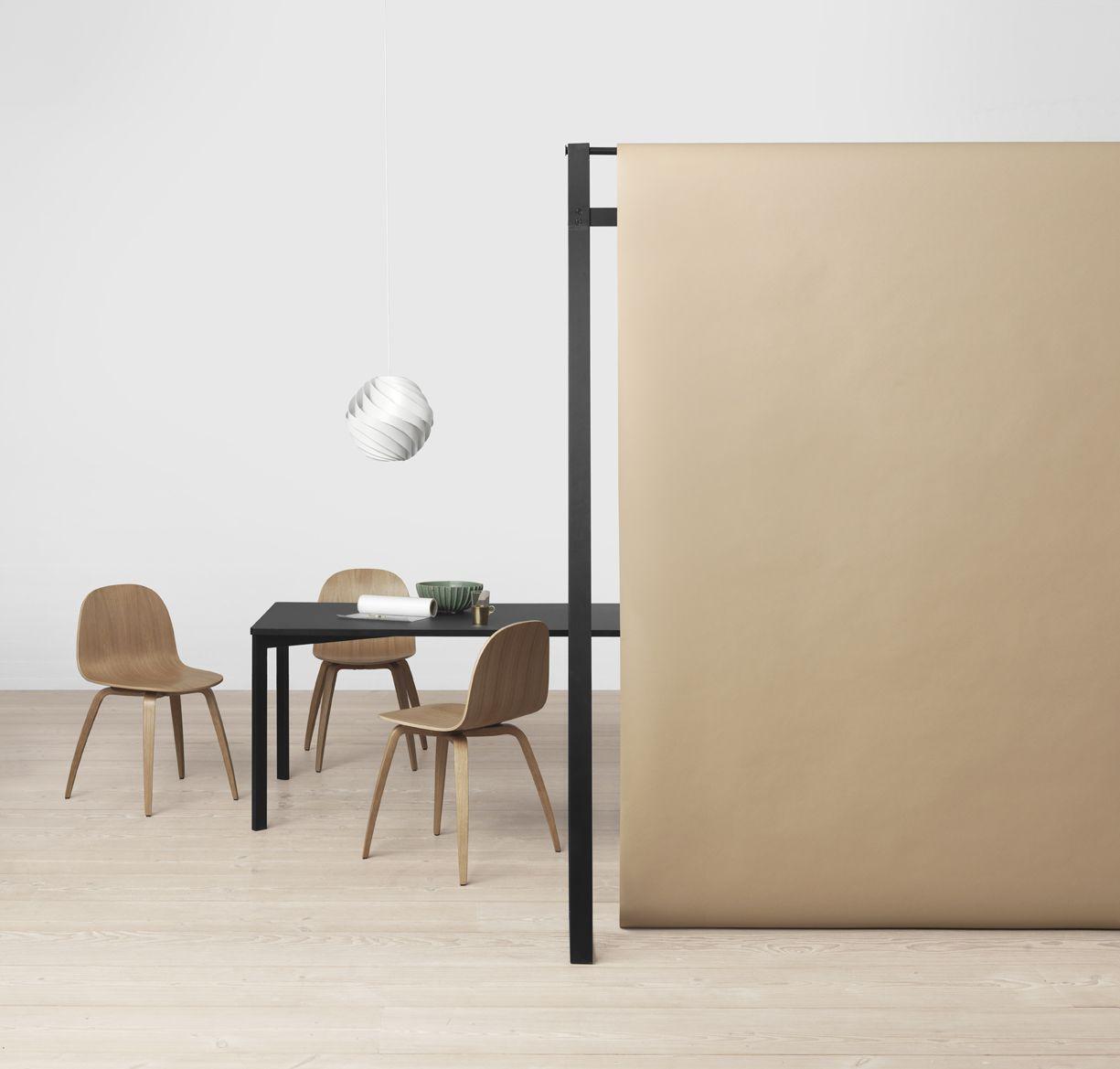 GUBI - Gubi Chair 2D, Y! Table and Turbo Pendant http://decdesignecasa.blogspot.it
