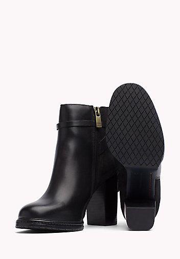 Tommy Hilfiger Ankle Boots Aus Leder Black Tommy Hilfiger High Heels Stiefel Main Image 1 Stiefel High Heel Stiefel Und Winterstiefel