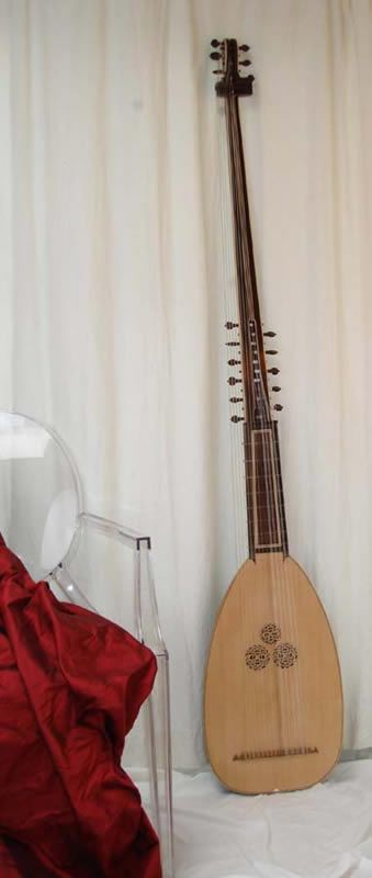 Sellas theorbo MIM255, currently single strung. To hire or buy. Hear it being played at https://www.youtube.com/watch?v=lOLDjc6LmuA&feature=youtu.be.