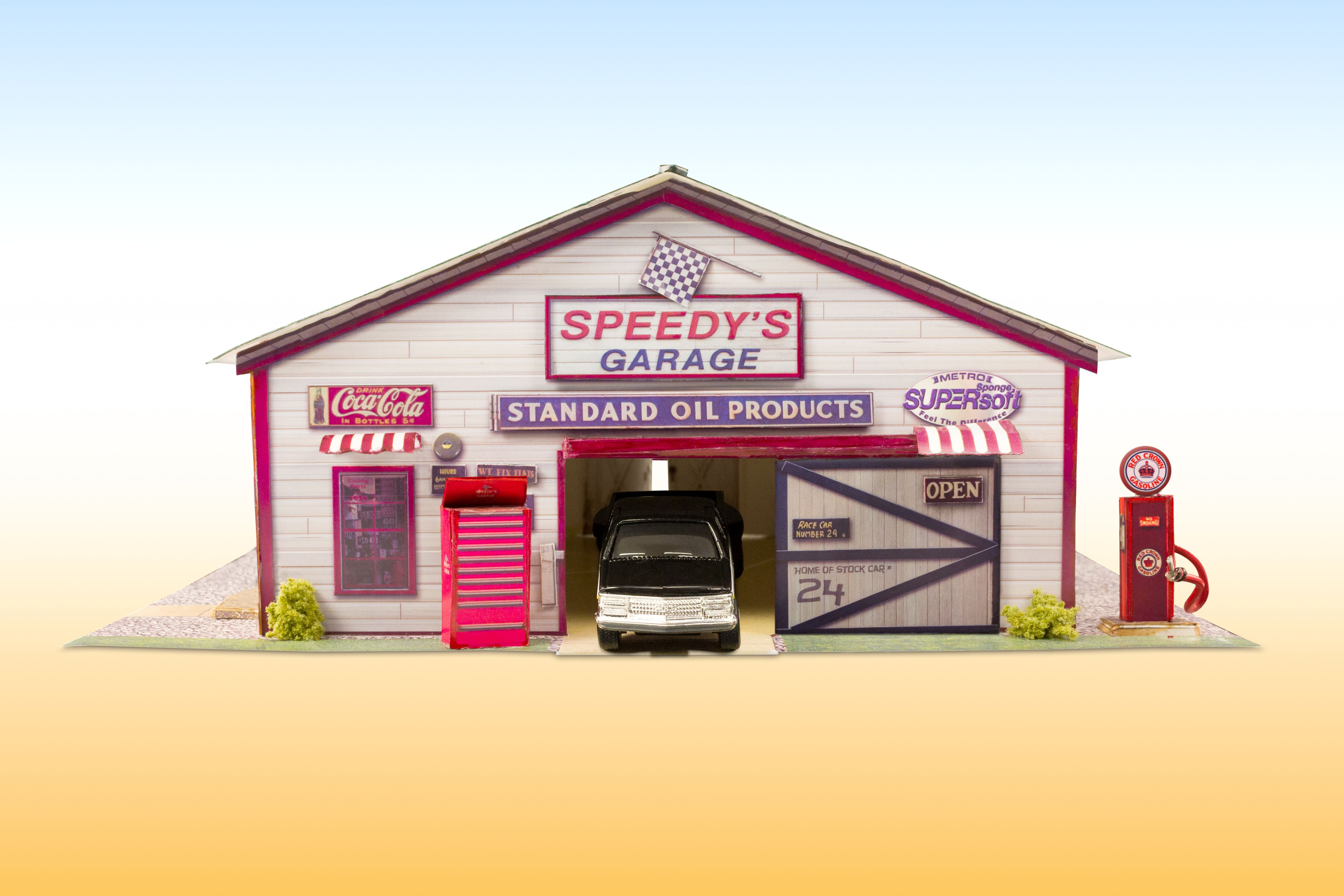 New Speedy S Garage Photo Real Scale Building Kit Is A