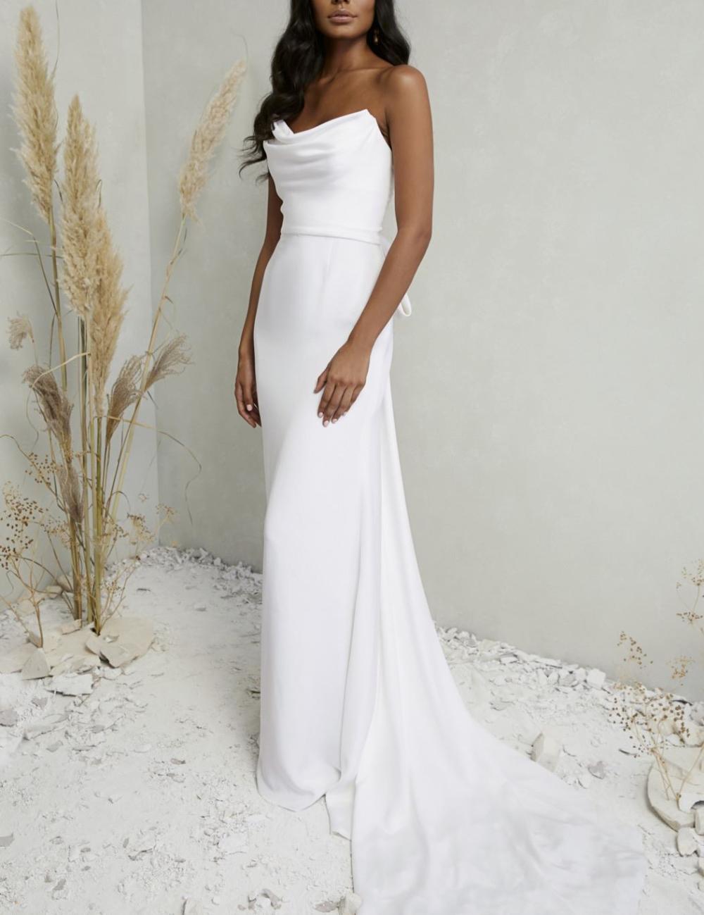 Dove Lovely Bride Wedding Dresses Dream Wedding Dresses Wedding Dresses Simple [ 1299 x 1000 Pixel ]