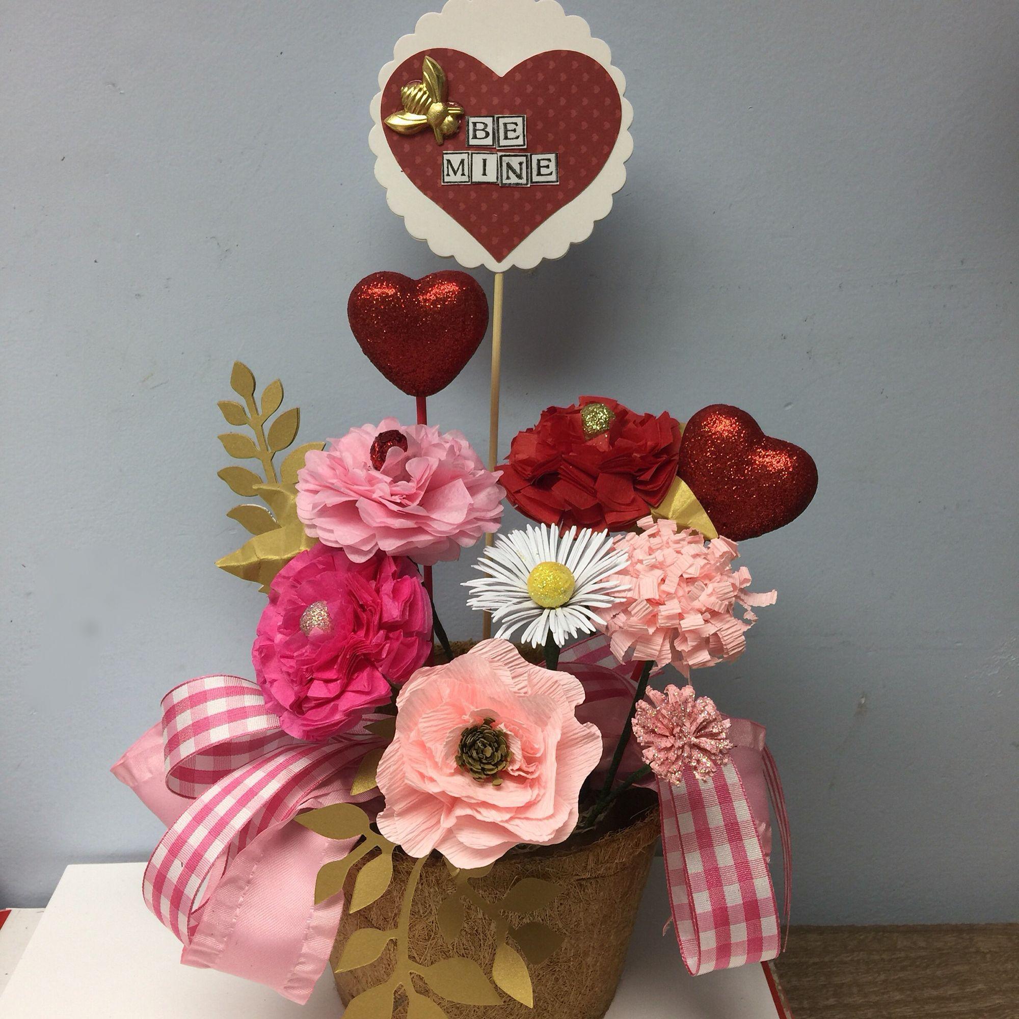 Valentine Paper Flowers Sizzix Eileen Hull Tim Holtz Papermart Crepe