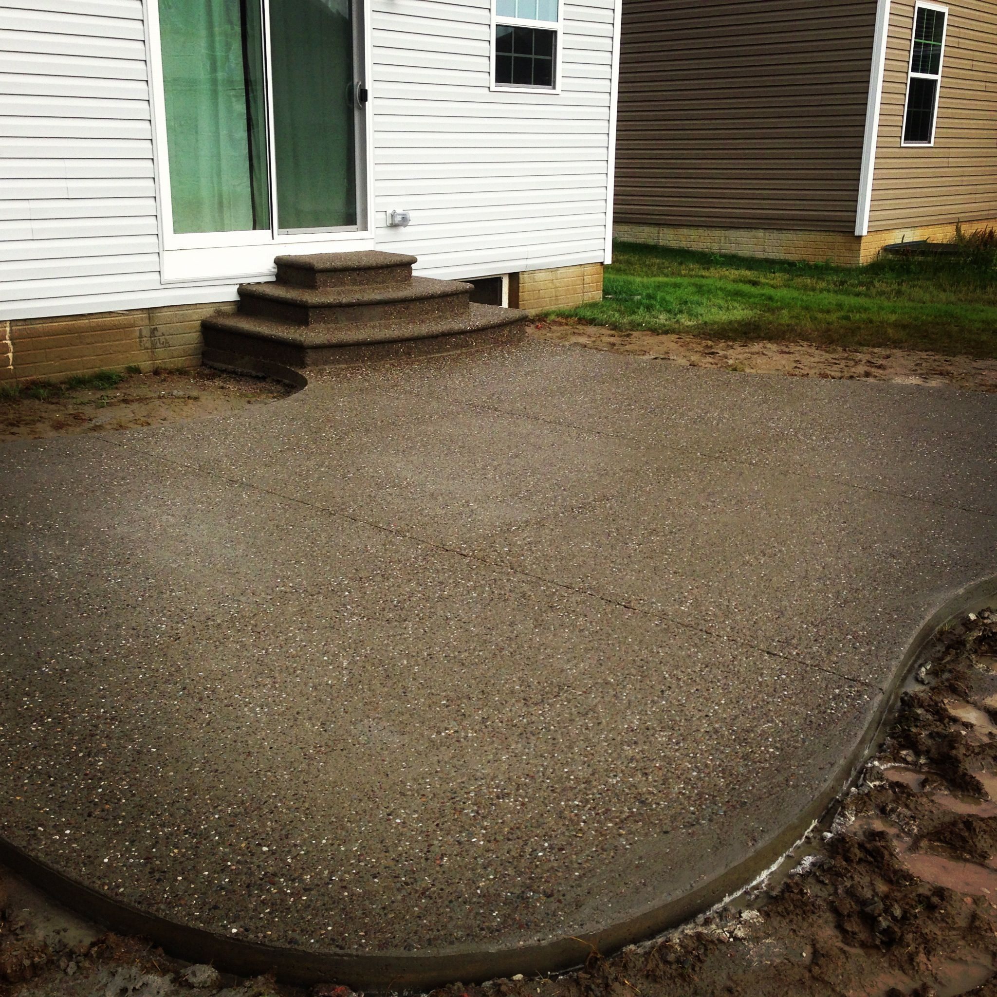 Concrete Outdoor Kitchen Countertops: Exposed Aggregate Decorative Concrete Patio. Www
