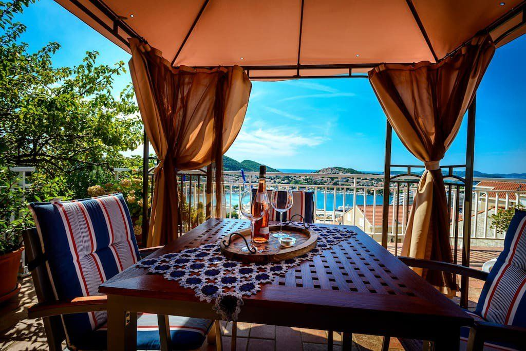 Top 12 Dazzling Airbnb Vacation Rentals In Dubrovnik