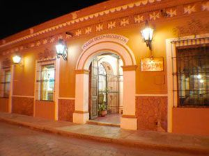 El Hotel Diego de Mazariegos es una casa estilo colonial