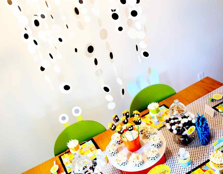 Google Image Result for http://174.121.10.220/~skeeping/images/stories/monster_birthday_party_dessert_table_decorations_5444039334-30.jpg