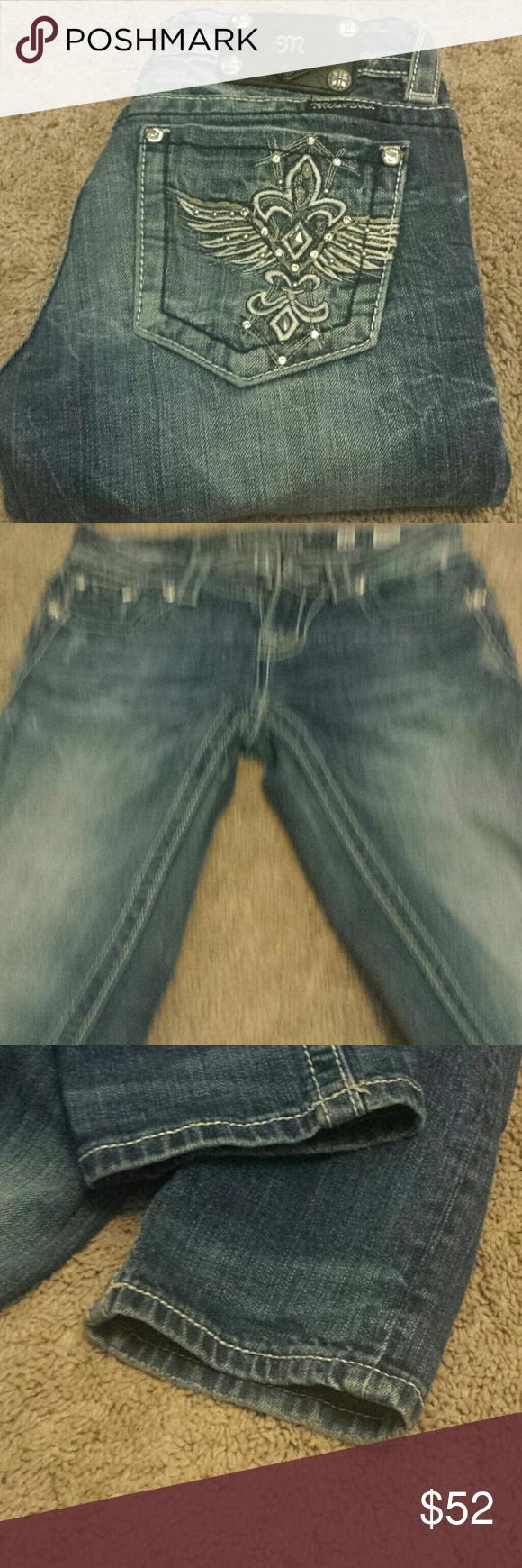 """Miss Me Straight Leg Bling Jeans! Miss Me Straight Leg Bling Jeans! Size 26, inseam 35"""".EUC. Miss Me Jeans Straight Leg"""