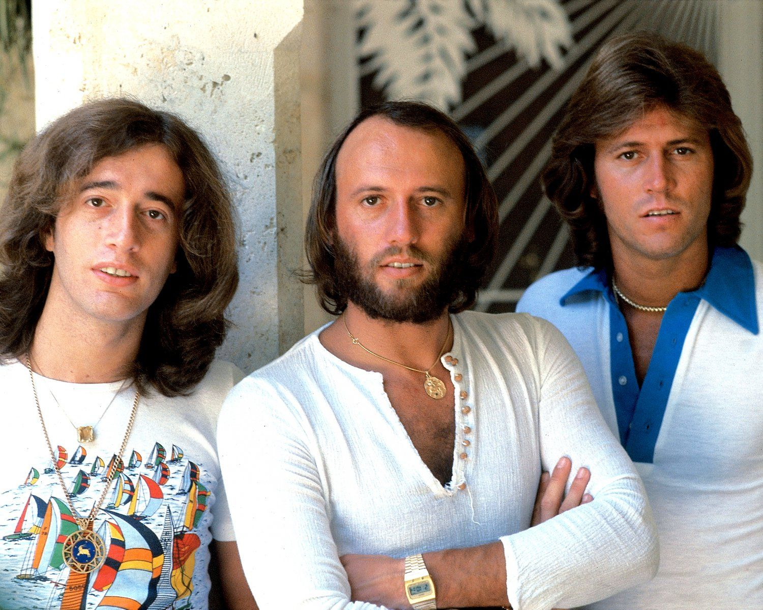 THE+BEE+GEES+LEGENDARY+POP+MUSIC+GROUP+-+8X10+PUBLICITY+PHOTO+(OP-010)