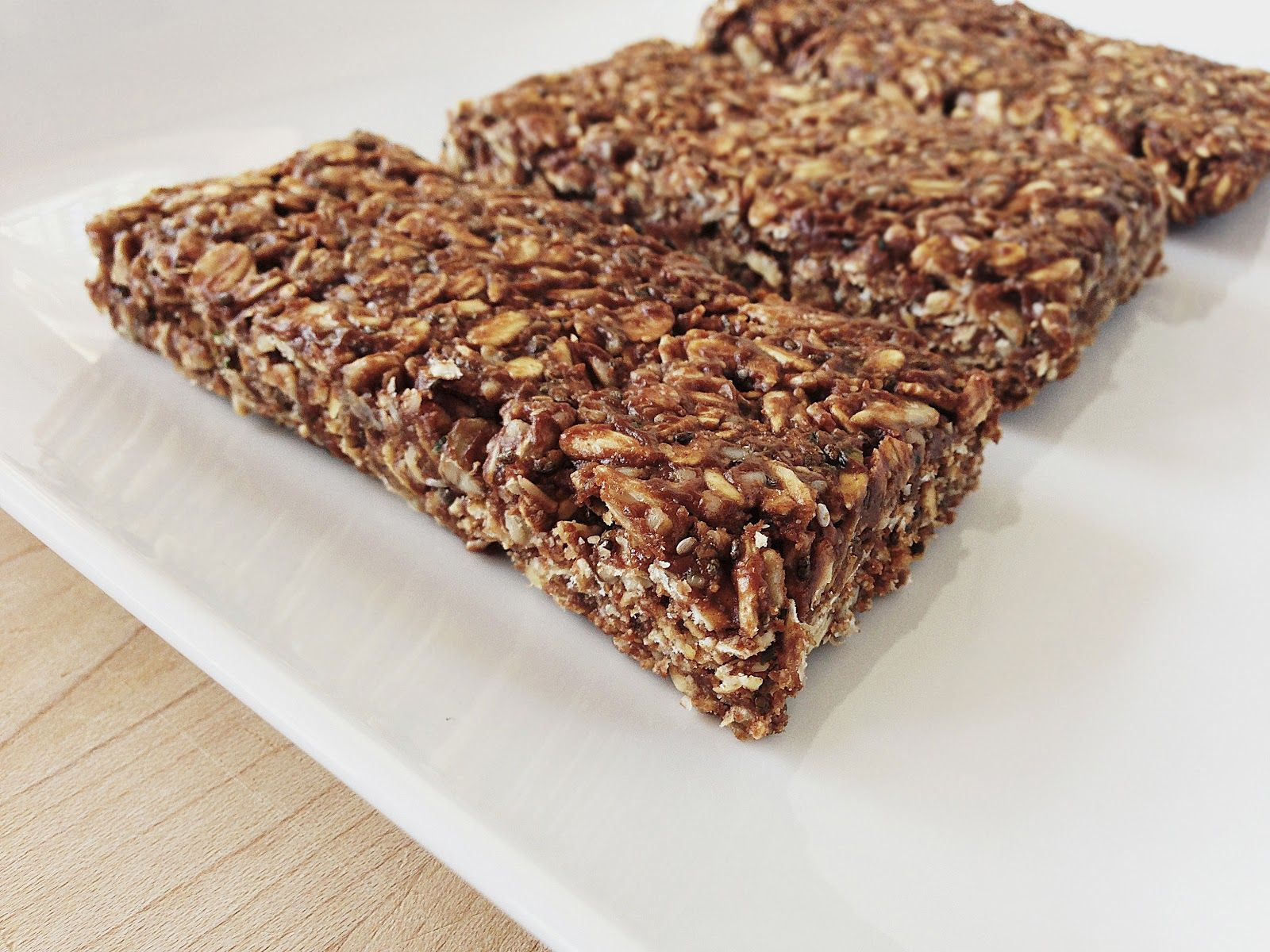 Top 10 Healthiest Snacks you Can Eat: Protein bars