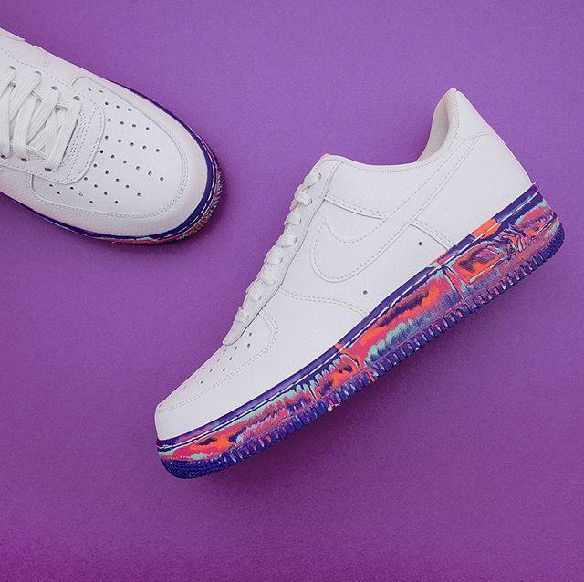 official photos 68a7b a0dd3 Designer transforma Air Force 1 da Nike com as cores da Pantone 2016    Sneakers