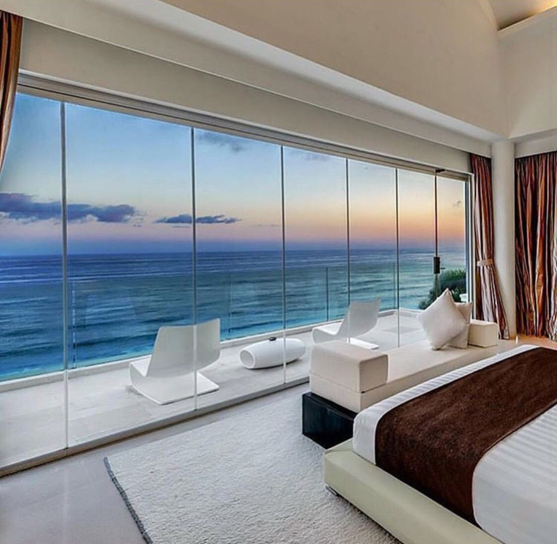 Room views | My future beachhouses | Pinterest | Room, Bedrooms and ...