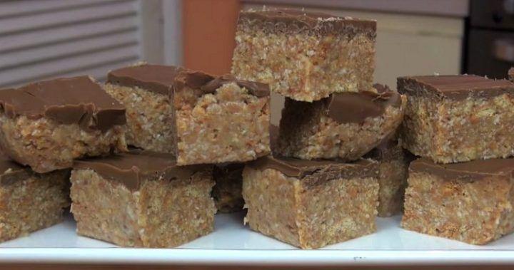 No-bake chocolate and walnut slice | Starts at 60