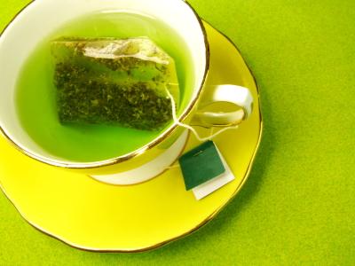 Thé vert : bienfaits et effets secondaires   Vertus du thé