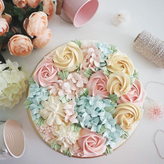 Buttercream Wedding Cakes And Desserts: Flora Wedding Cakes & Desserts-2