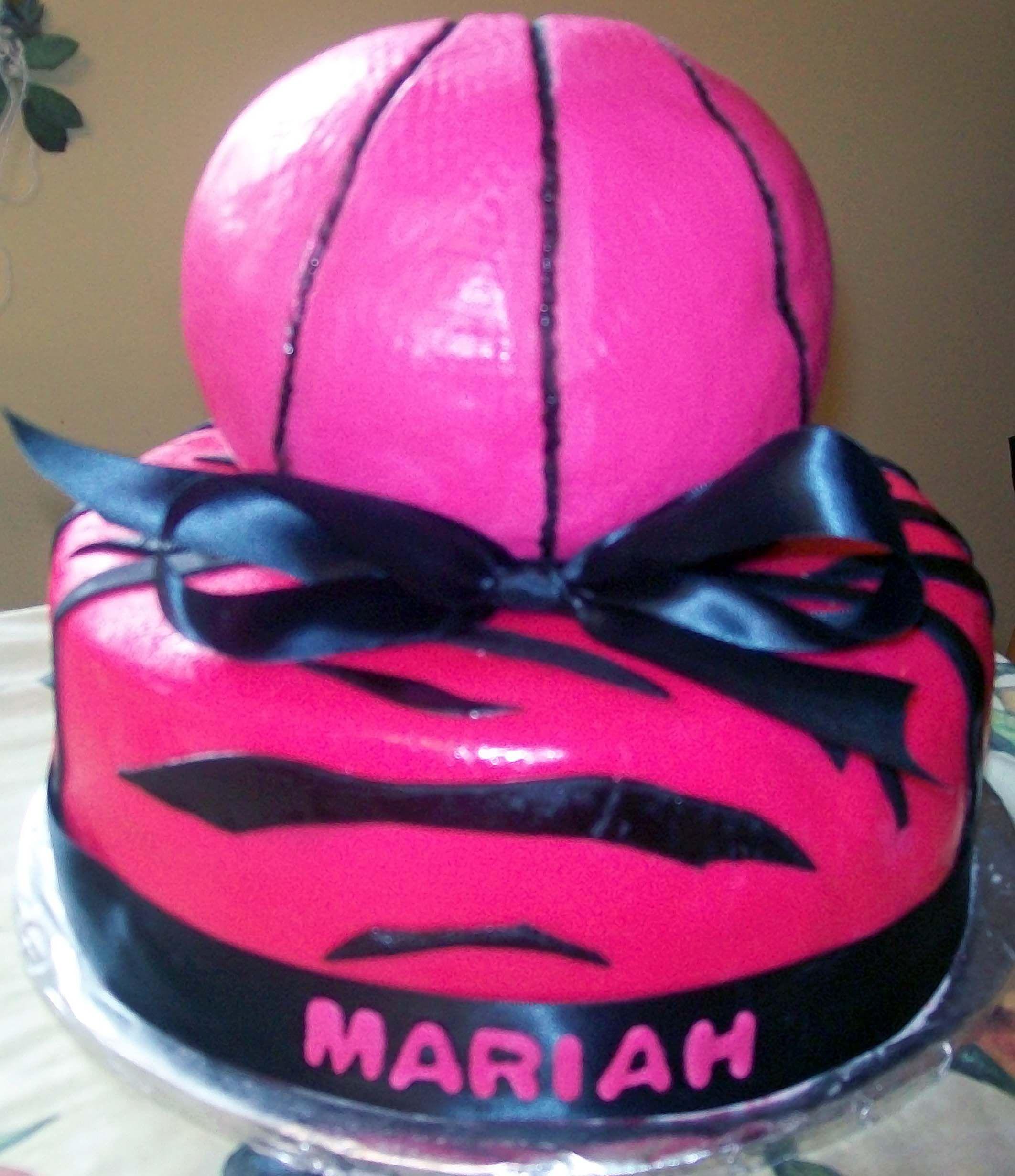 Girls basketball cake cake decorating ideas Pinterest Girls