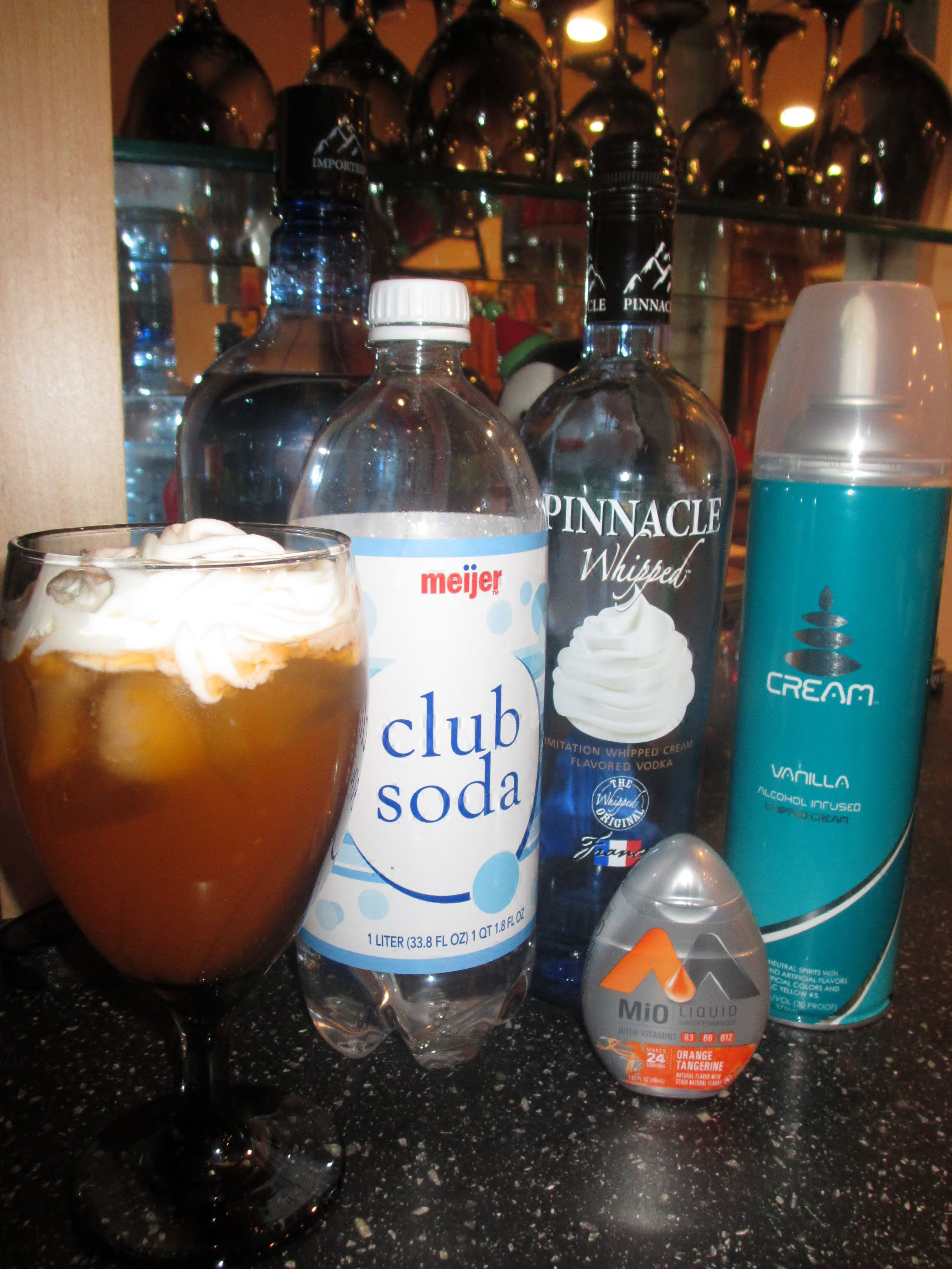 Best weight watchers drink ever whipped vodka club soda orange whipped vodka club soda mio topped off with alcohol infused vanilla whipped cream forumfinder Image collections