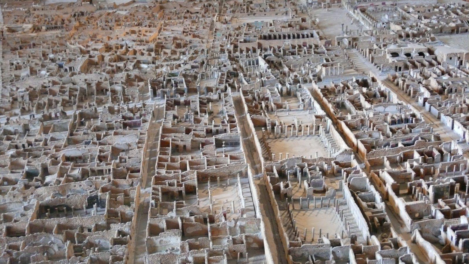 Vistas Parciales De La Maqueta Del Yacimiento De Pompeya Escala  # Muebles Pompeya