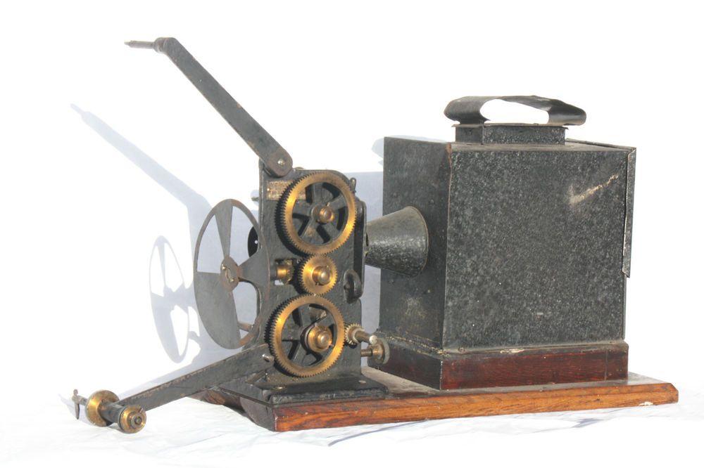 antique Hughes & Co HAND CRANKED 35mm MOVIE/CINE Magic Lantern projector